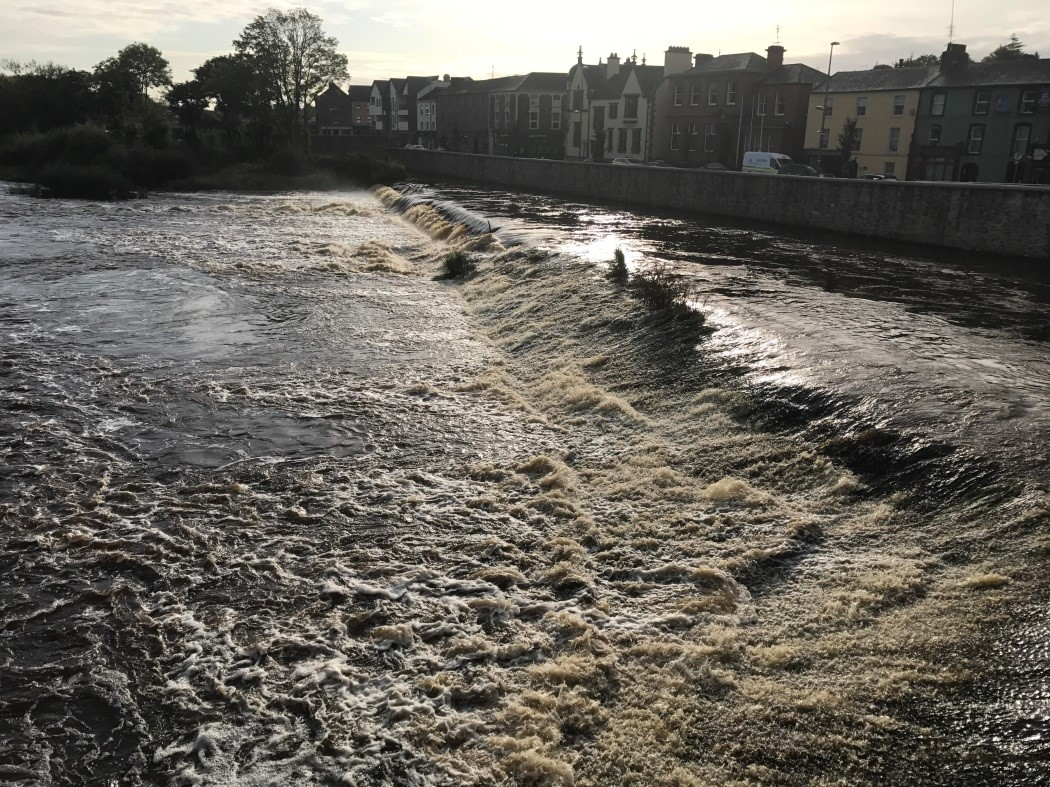 Fermoy weir in elevated flow conditions