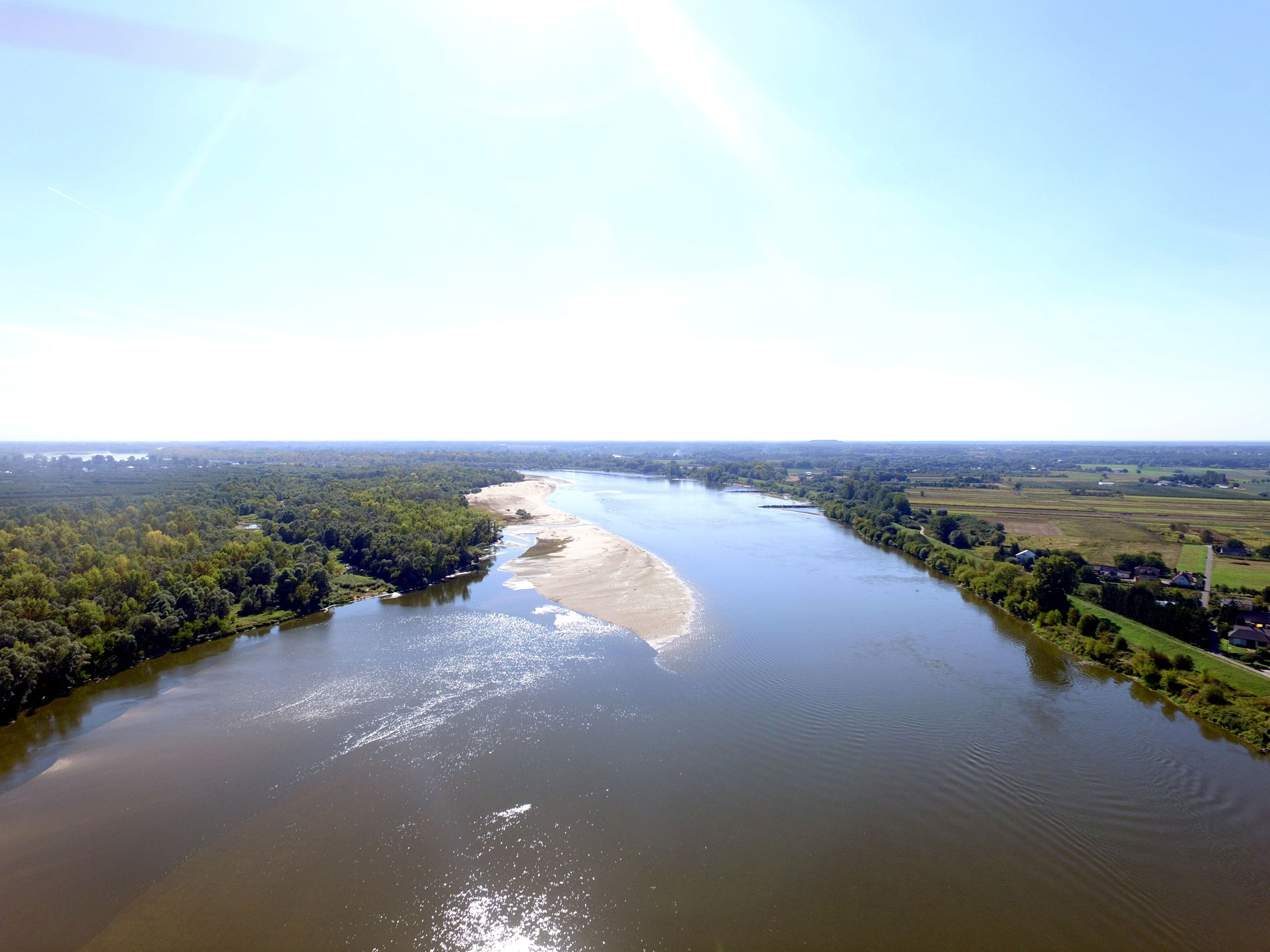 Vistula-below-Warsaw-at-Karczew-village_DJI_0071_2