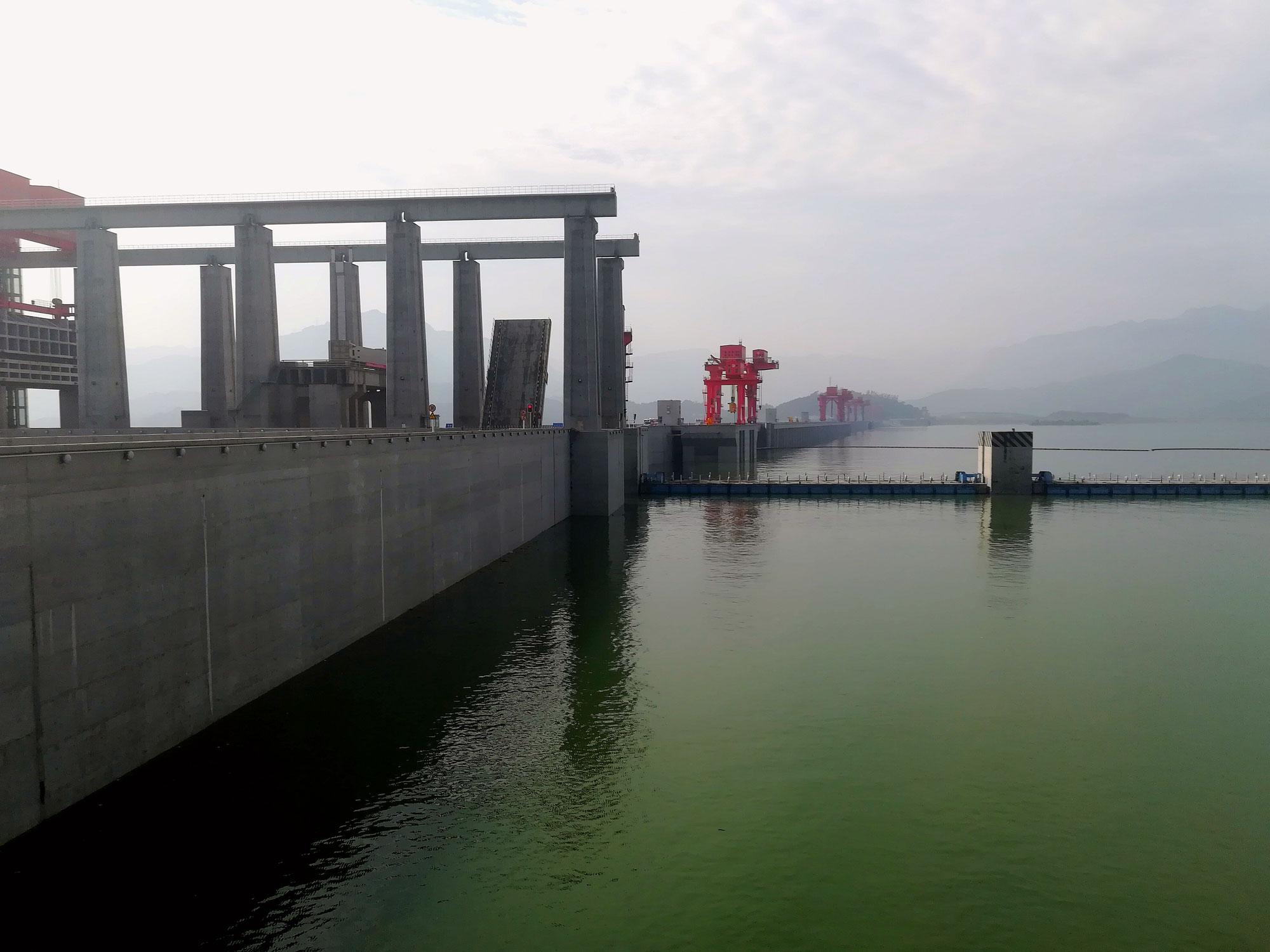AMBER_China_dam_2